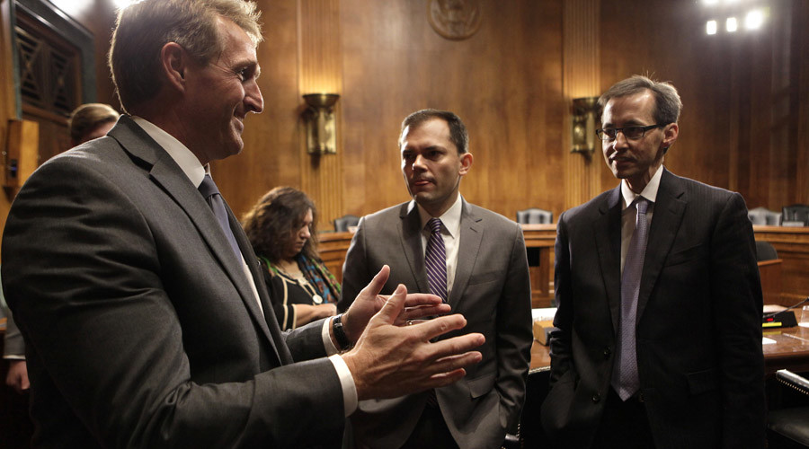 Tech invests in Washington: Internet companies lobby big on Capitol Hill