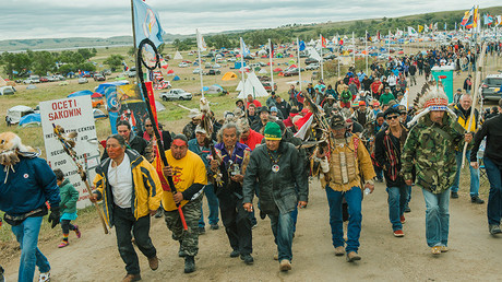 Protesters demonstrate against the Energy Transfer Partners' Dakota Access oil pipeline near the Standing Rock Sioux reservation in Cannon Ball, North Dakota, U.S. September 9, 2016 © Andrew Cullen