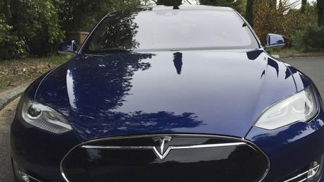 A Tesla Model S © Alexandria Sage