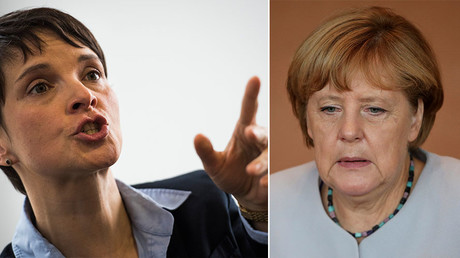Frauke Petry, leader of the AfD (Alternative for Germany) party (L) and German Chancellor Angela Merkel. © AFP