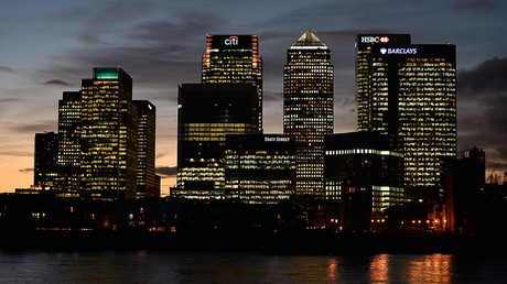 The Canary Wharf financial district is seen at dusk in east London © Toby Melville