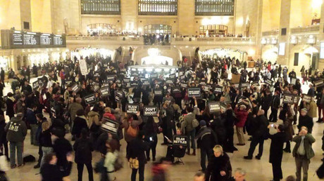 © NYC Shut It Down: The Grand Central Crew #blacklivesmatter