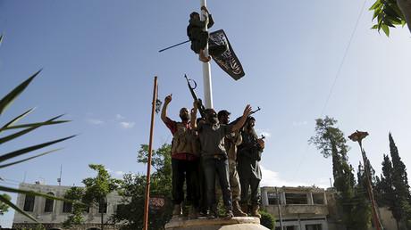 A member of al Qaeda's Nusra Front © Khalil Ashawi