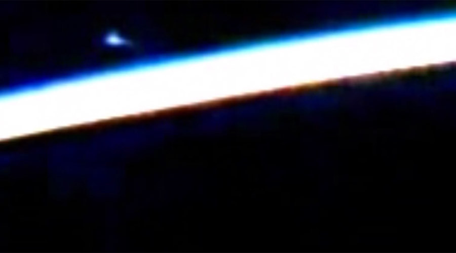 NASA cuts live feed from ISS after 'UFO' spotted (VIDEO)