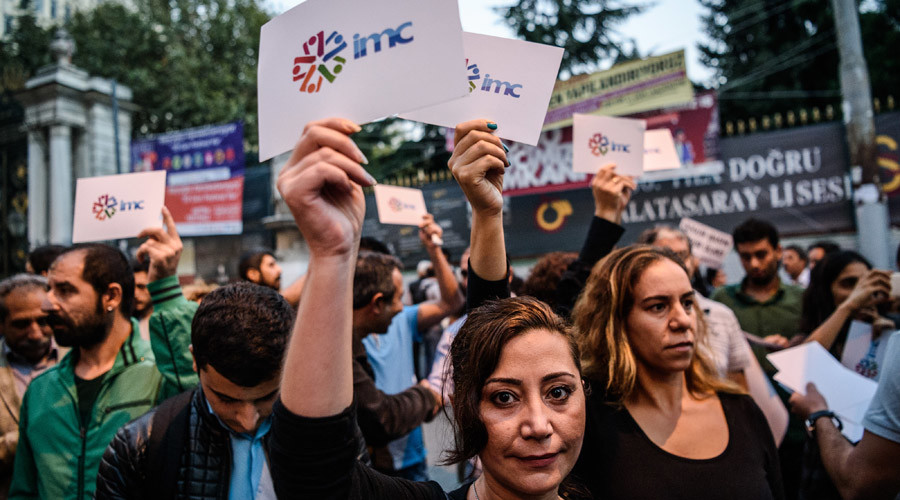 Hundreds protest in Istanbul over raid & shutdown of pro-Kurdish TV channel