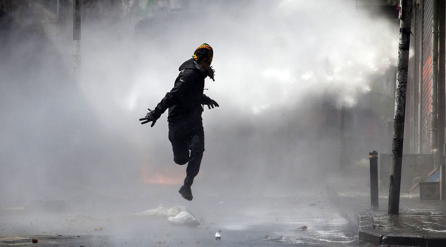 Sale of tear gas & water cannon to 'human rights-abusing' Gulf nations worth millions to UK