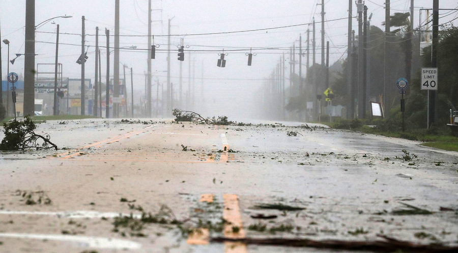 Hurricane Matthew reaches US coast