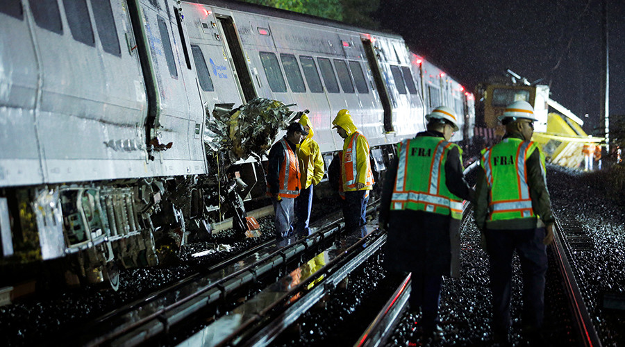 Dozens injured as passenger train derails on Long Island in New York State
