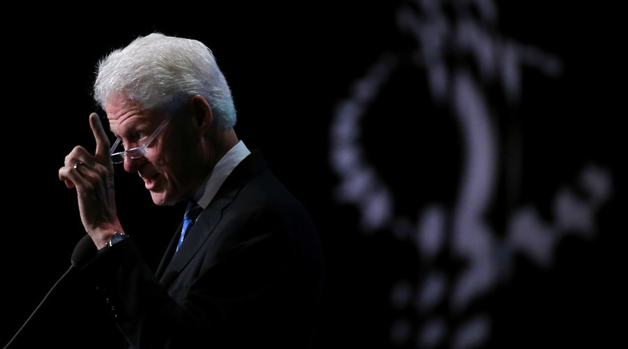 Bill Clinton heckled as a 'rapist' during Hillary campaign event (VIDEO)