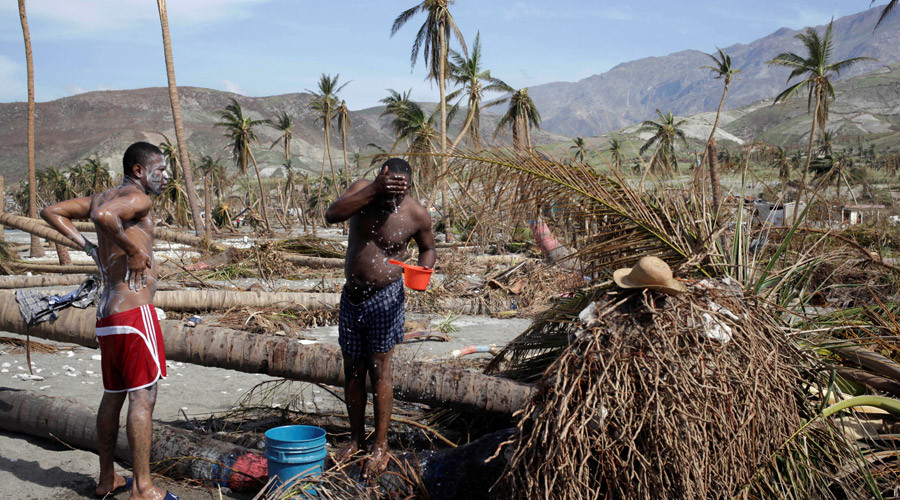 Cholera, mass graves: Haiti death toll reaches 1,000 in grim Hurricane Matthew aftermath