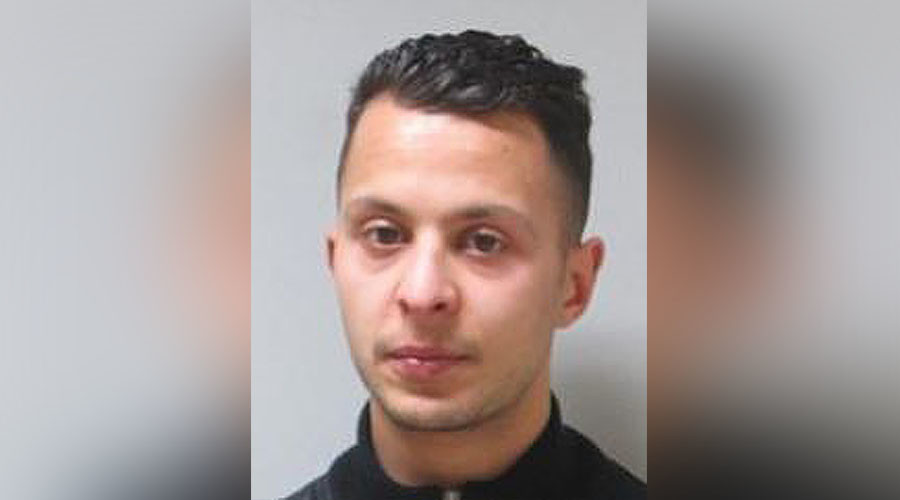 This handout picture released on November 17, 2015 by the Belgian police and used for a global research warrant shows a picture Salah Abdeslam, 26, suspected of being involved in the attacks that occured on November 13, 2015 in Paris. © DSK / Federal Police Of Belgium
