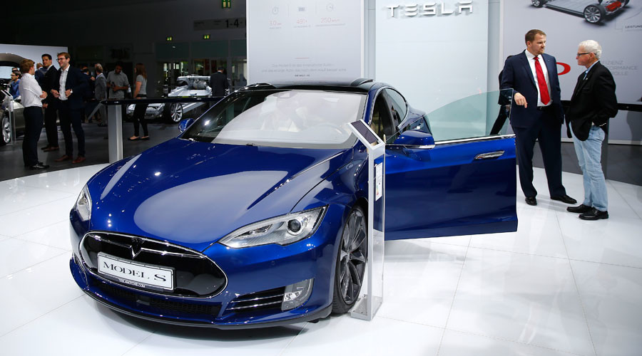 Germany tells Tesla to stop saying 'autopilot' in its car ads
