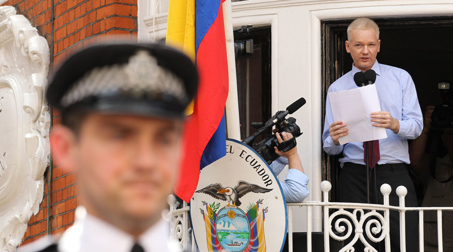 WikiLeaks Twitter codes spark Assange death rumors