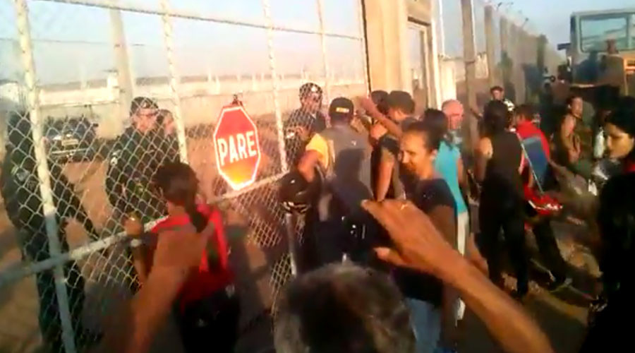 7 beheaded' as Brazilian gangs riot in prison, killing 25 (PHOTOS, VIDEO)