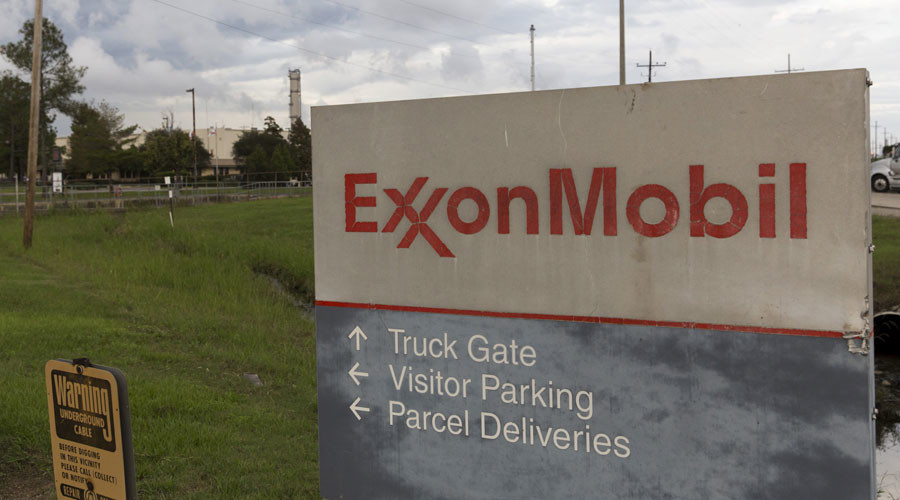 A sign is seen at the entrance of the Exxonmobil Port Allen Lubricants Plant in Port Allen, Louisiana  © Lee Celano