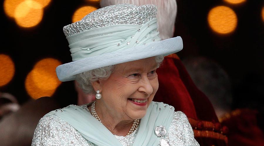 Britain's Queen Elizabeth © Andrew Winning