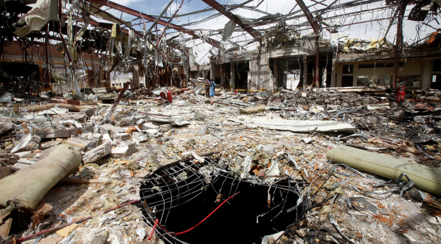 A hole is seen during a visit by human rights activists to a community hall that was struck by an airstrike during a funeral on October 8, in Sanaa, Yemen, October 16, 2016. © Mohamed al-Sayaghi