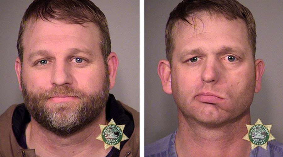 Inmates Ammon Bundy (L) and his brother Ryan Bundy. © MCSO