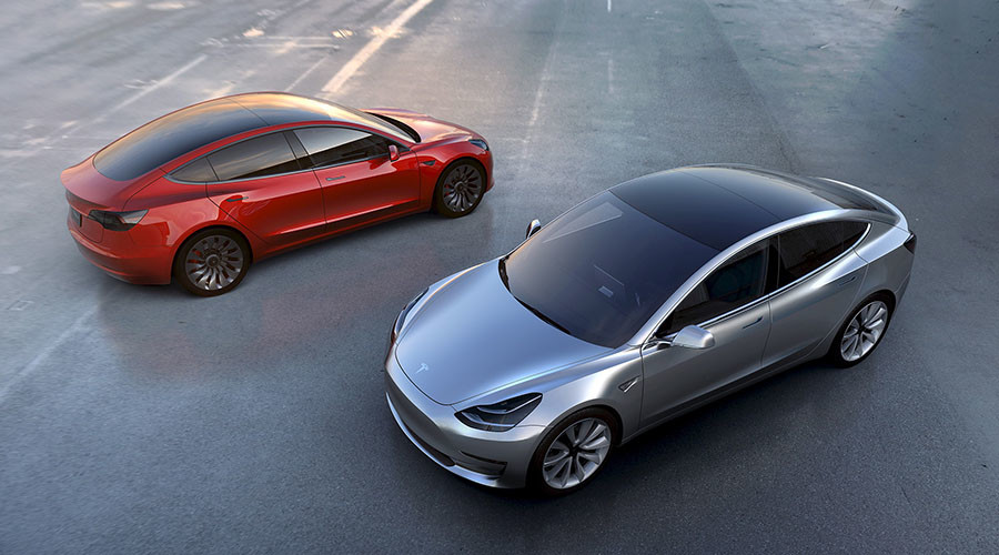 Tesla to equip all vehicles with full self-driving capabilities