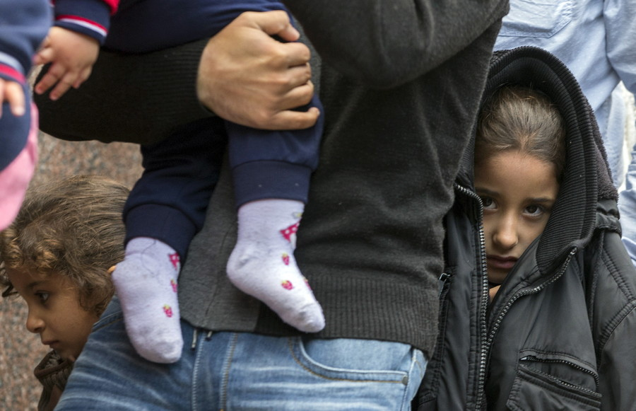 1 in 4 councils refuse to take Calais child refugees... including Theresa May's constituency