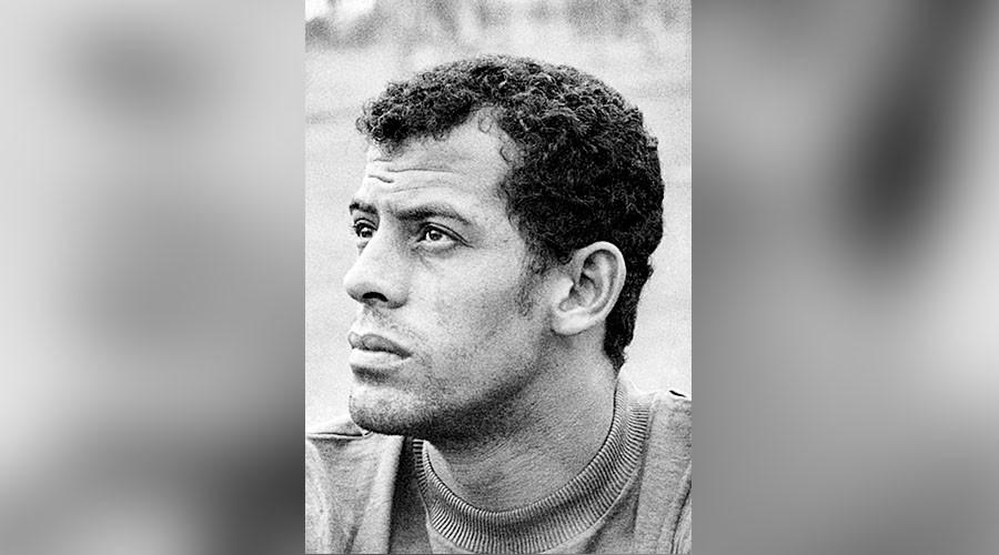 Brazilian football legend Carlos Alberto dies aged 72