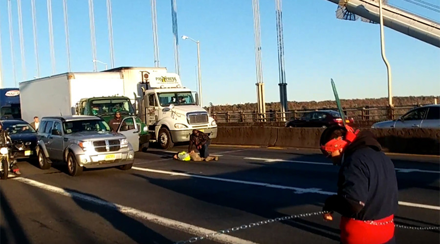 'We are visible': 11 arrested after blocking New York bridge during morning rush hour (VIDEO)