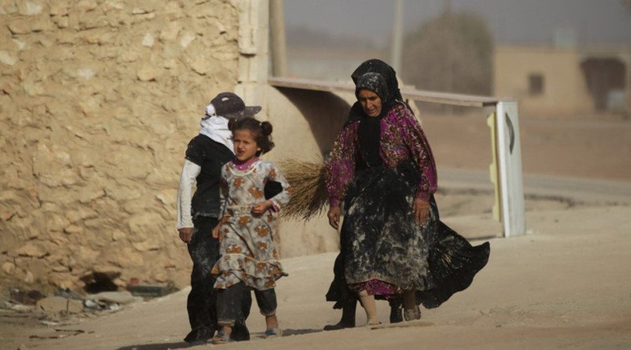Aleppo terrorists shell escape routes, take $300 bribe per fleeing civilian – Russia's MoD