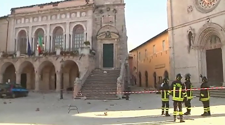 'I saw hell': Norcia 6.6 earthquake devastates historic churches & buildings (PHOTOS, VIDEOS)