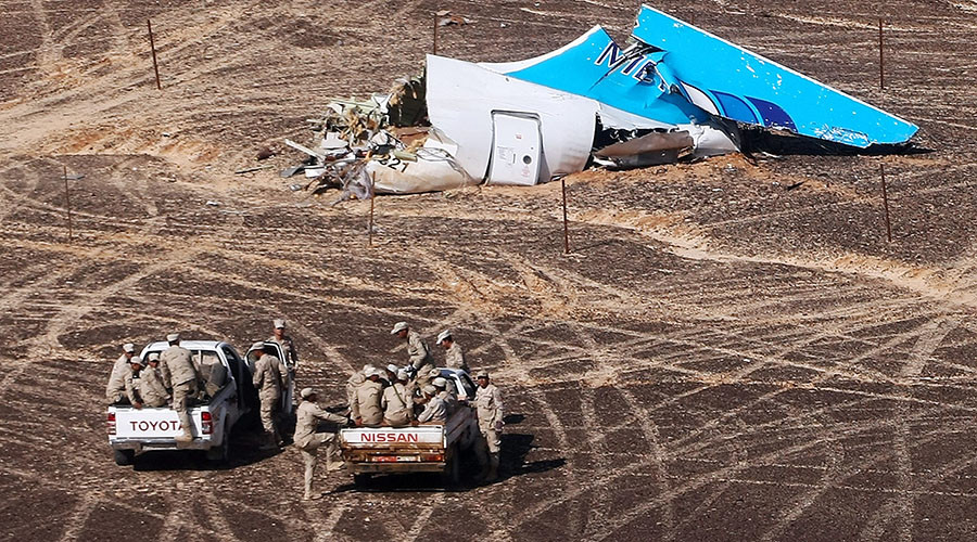 File photo: The wreckage of Kogalymavia's Airbus A321 passenger airliner. Flight 9268 was traveling to St. Petersburg from the city of Sharm El-Sheikh and crashed 100 km south of the North Sinai town of El-Arish. © Sputnik