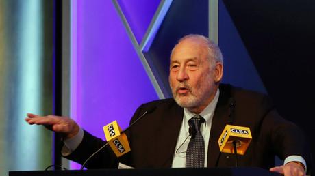 Nobel Prize-winning economist Joseph Stiglitz © Bobby Yip