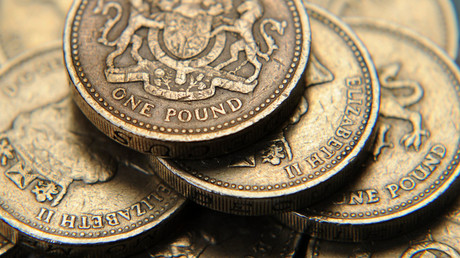 A pile of one pound coins © Toby Melville
