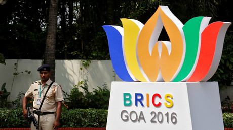 A security personnel stands guard outside one of the venues of BRICS (Brazil, Russia, India, China and South Africa) Summit, in Benaulim in the western state of Goa, India, October 14, 2016. © Danish Siddiqui