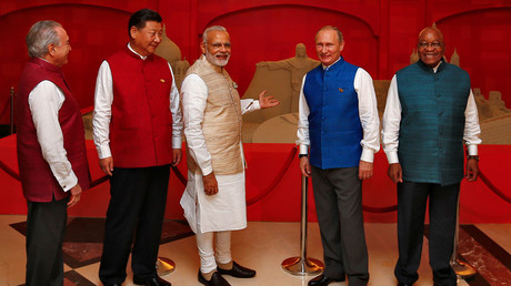 (L-R) Brazil's President Michel Temer, Chinese President Xi Jinping, Indian Prime Minister Narendra Modi, Russian President Vladimir Putin and South African President Jacob Zuma of BRICS Summit in Benaulim, in the western state of Goa, India, October 15, 2016. © Danish Siddiqui