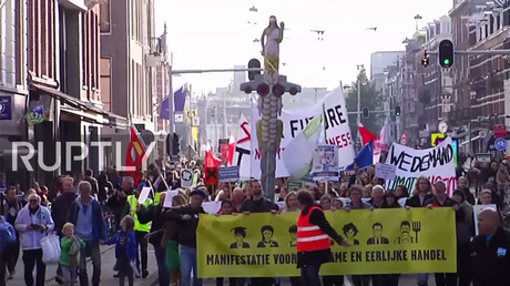 1,000s march against TTIP and CETA in Amsterdam