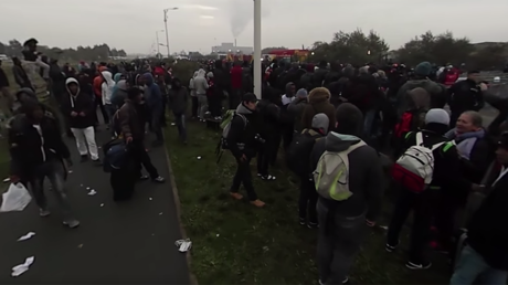 Calais eviction 360 view: The 'Jungle' camp dismantled