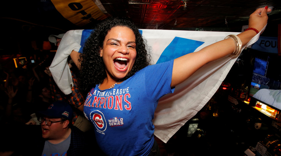 Chicago celebrates after Cubs' first World Series victory in 108 yrs (VIDEO & IMAGES)