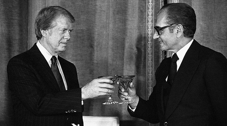 US President Jimmy Carter with Iranian Shah Mohammad Reza Pahlavi in 1977 © Wikipedia