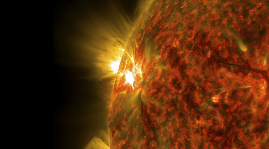 The magnetic field shrank dramatically as well as cracking. © NASA