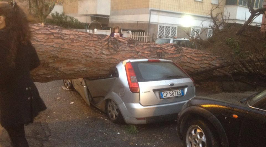 Italy struck with tornado and powerful storm (VIDEO, PHOTOS)