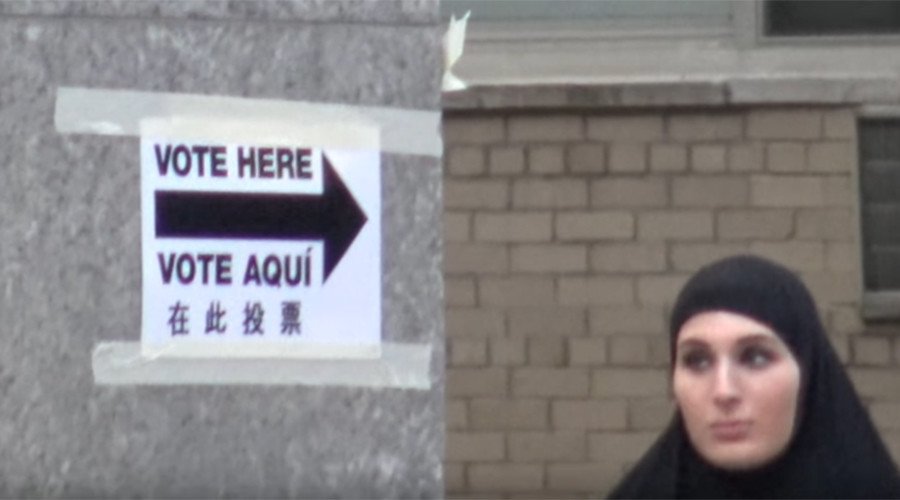 'Not in books, but you can vote': Woman in burqa tries to vote in NYC as Clinton aide (VIDEO)