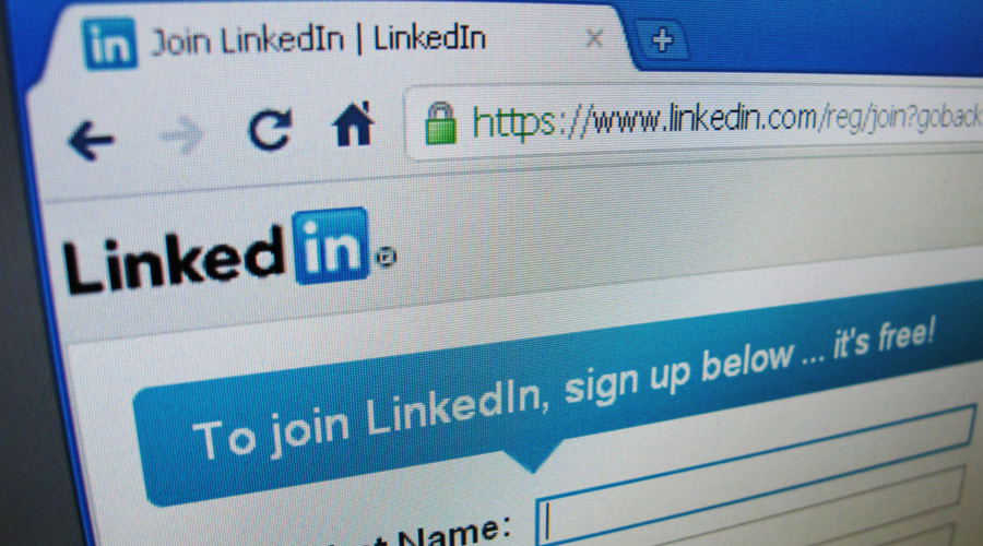 Russian court backs LinkedIn block