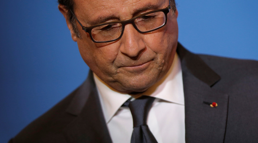 'Simply doesn't have right to rule': French MPs in bid to impeach Hollande