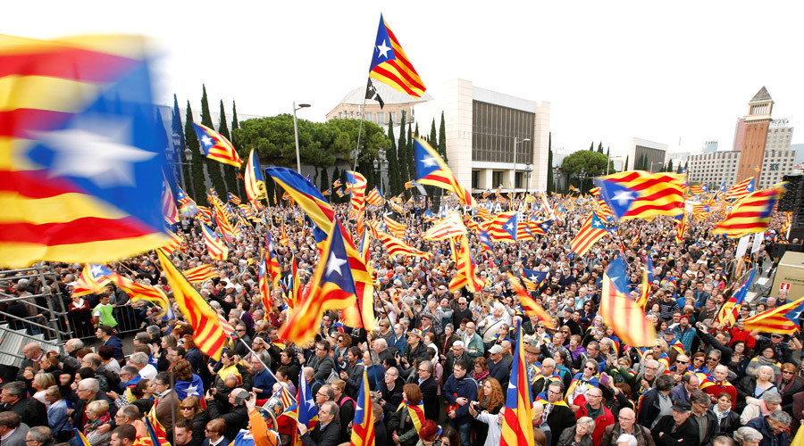 'Democracia': 80,000 gather for Catalan pro-independence rally