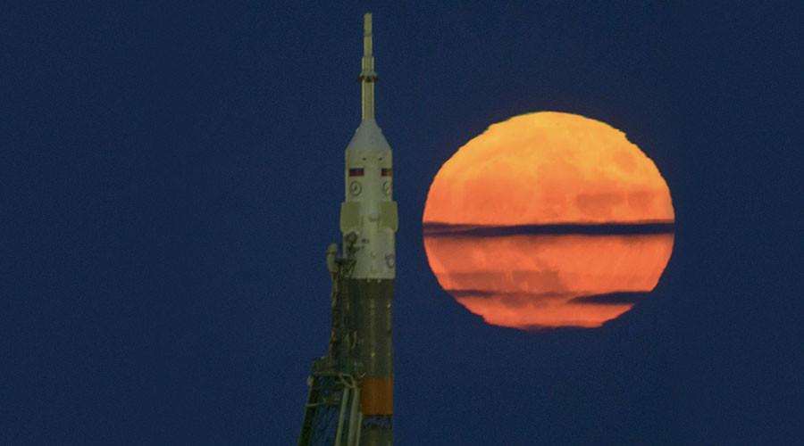 ISS share sensational photos of rare supermoon
