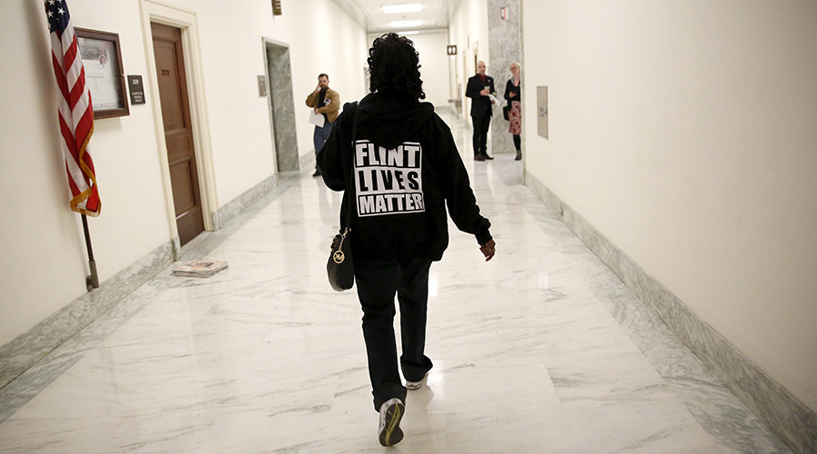 Michigan tries to block court-ordered water bottle delivery to Flint