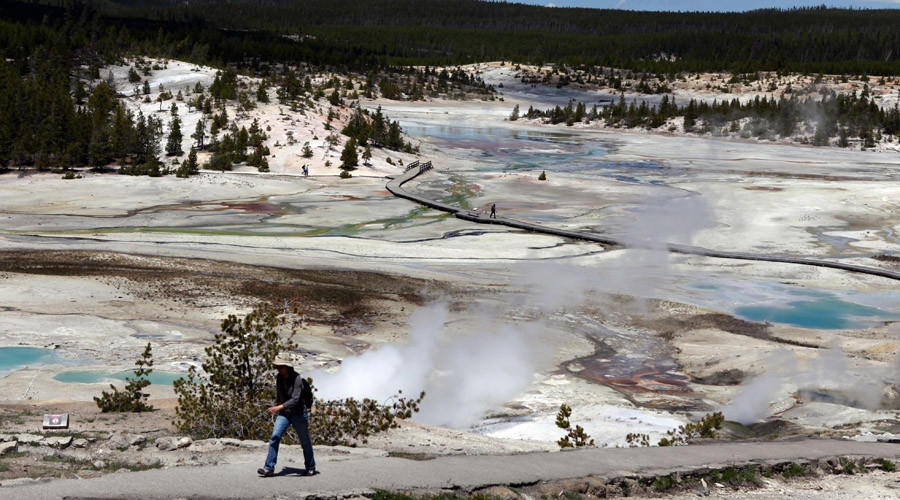 Yellowstone visitor suffers fatal fall into boiling-hot acidic geyser