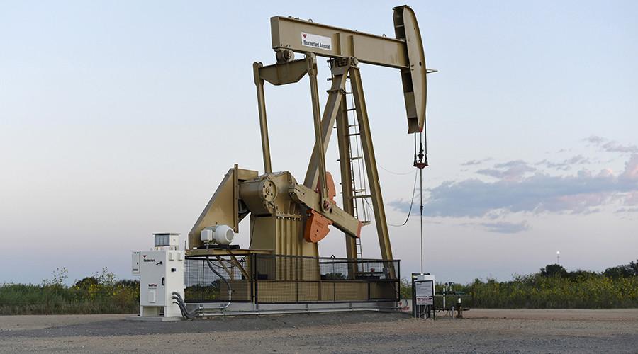 Obama administration bars new oil, gas exploration off Alaska