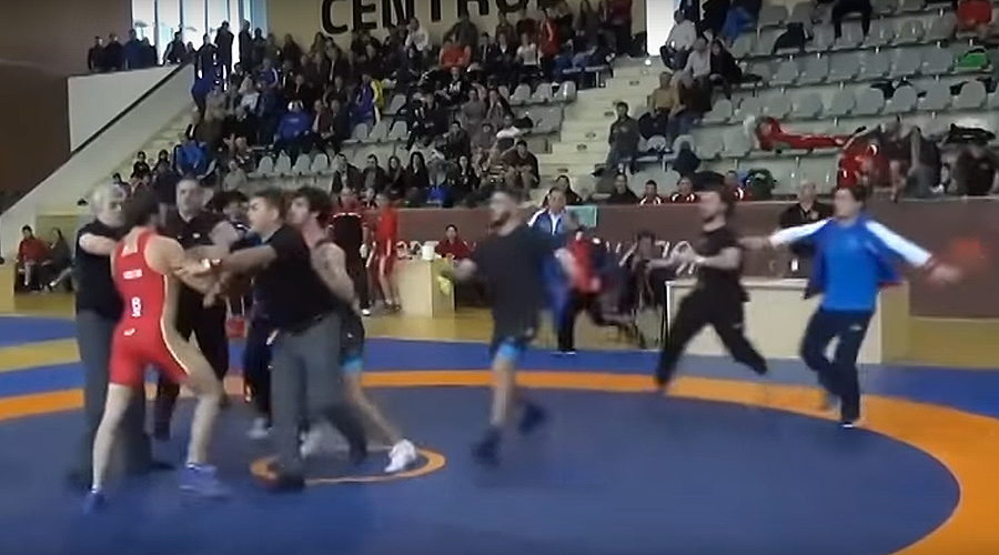 Russia-Georgia wrestling match turns into mass brawl (VIDEO)