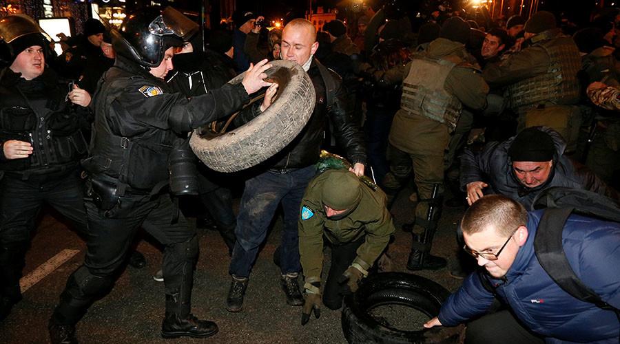 Ukraine kidnaps two Russian servicemen in Crimea