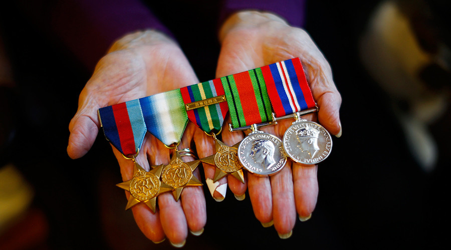 'Walter Mittys' wearing fake medals should be jailed – MPs